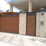 Секционные ворота с калиткой в Астрахани